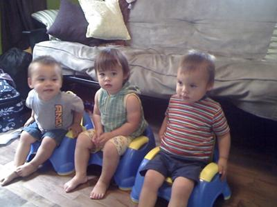 potty training in front of the tv